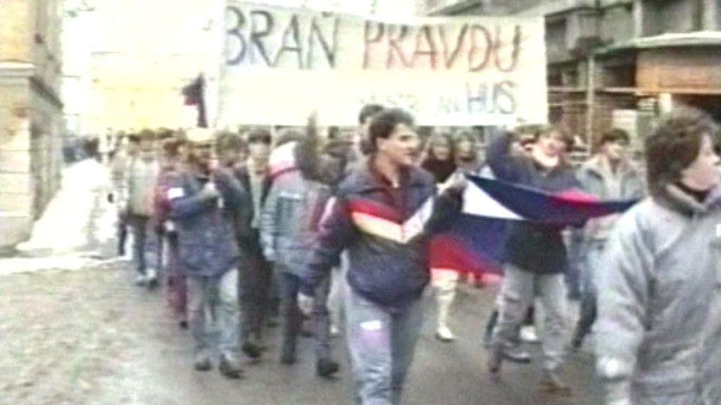 České Budějovice - studentská manifestace v roce 1989