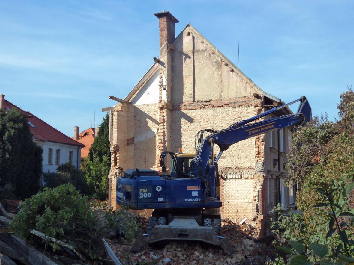 Demolice vily na Ořechovce