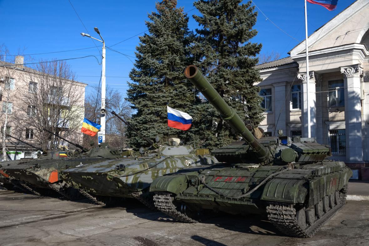 Tanky na východní Ukrajině