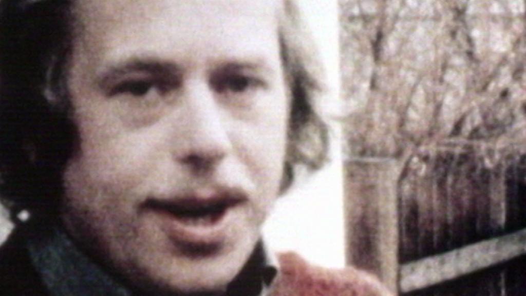 Václav Havel na záběru z Originálního videojournalu z roku 1978