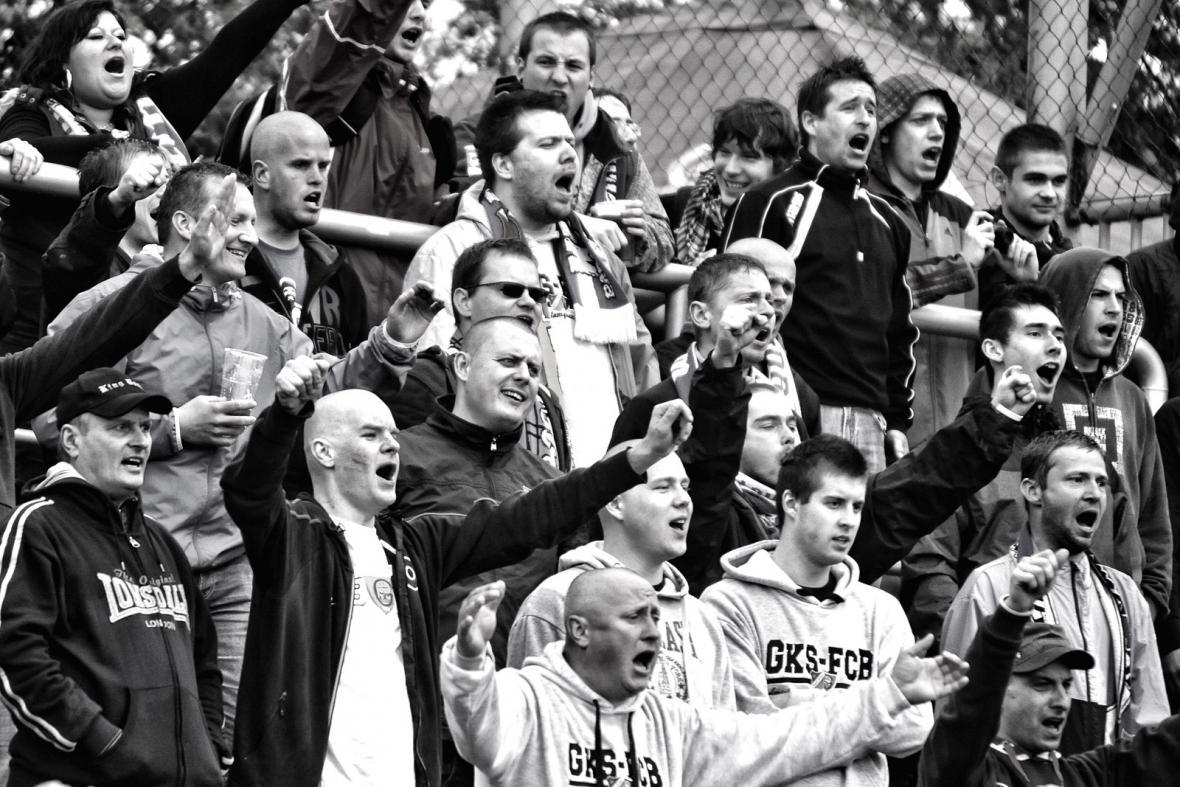 Fotbaloví diváci na Bazalech - Ostrava dnes
