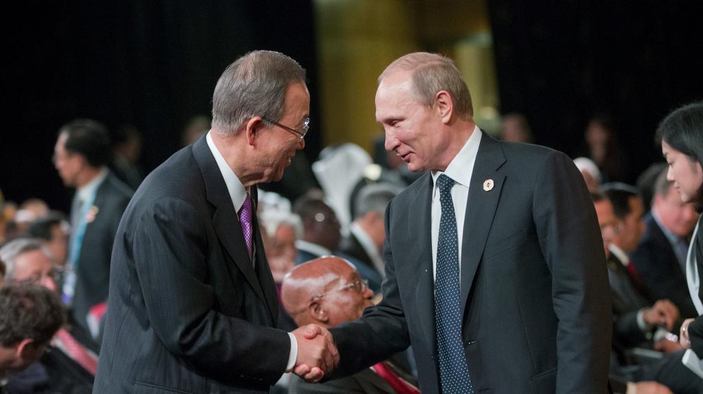 Setkání státníků G20 v Brisbane (Vladimir Putin a šéf OSN Pan Ki-Mun)