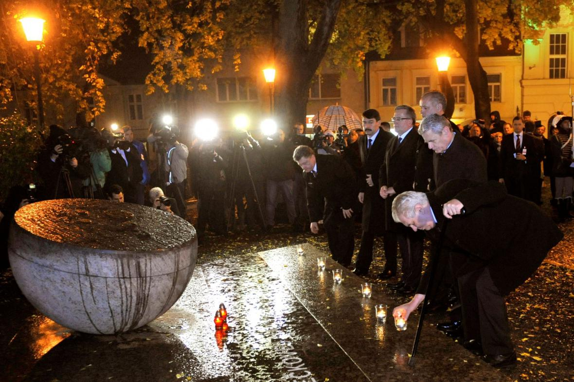 Vzpomínková akce k 25. výročí pádu komunismu v Československu