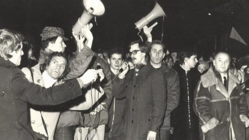 Komorowski byl za své názory před rokem 1989 vězněn