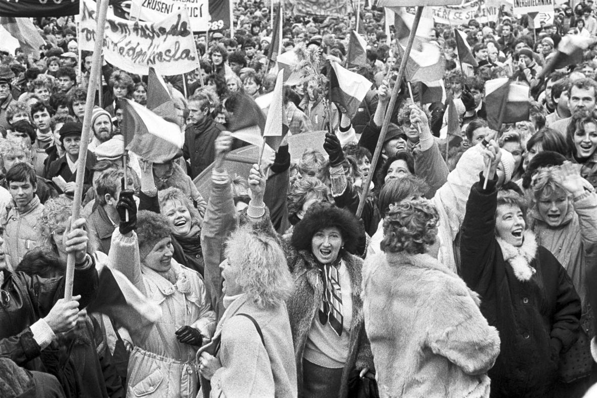 Generální stávka 27. listopadu na Národní třídě