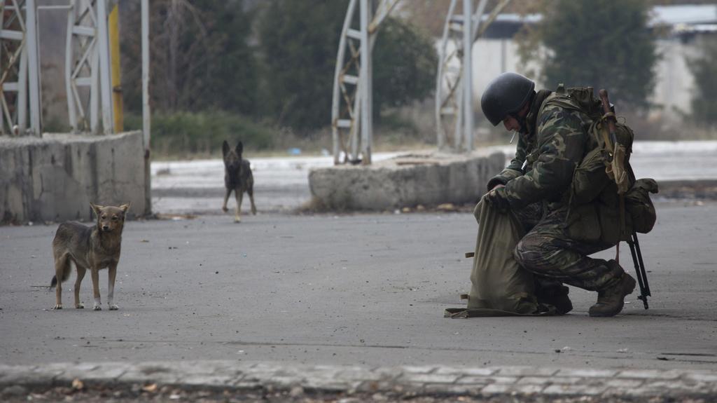 Povstalci v ulicích Doněcku