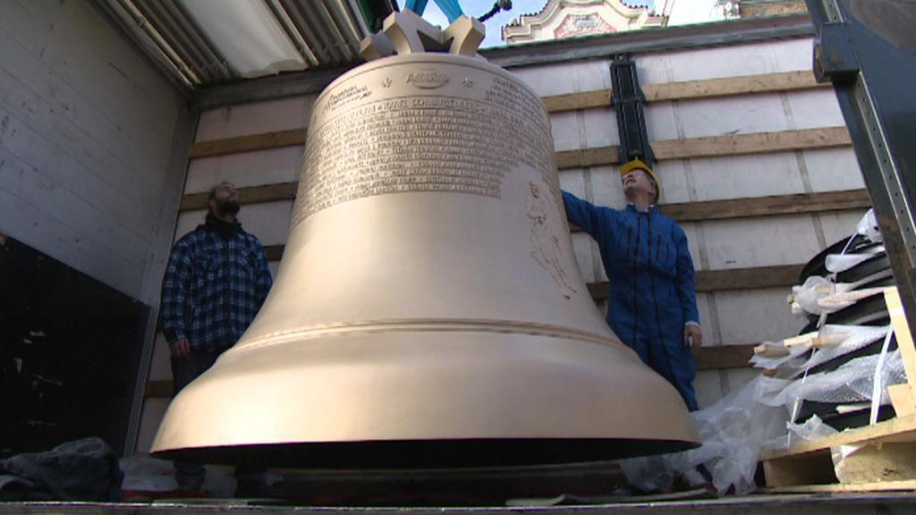Zvon Bartoloměj dorazil do Plzně