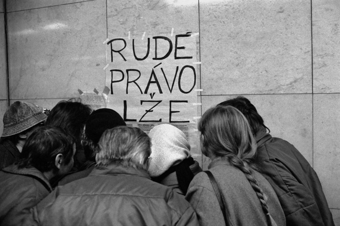Pražské metro, listopad 1989