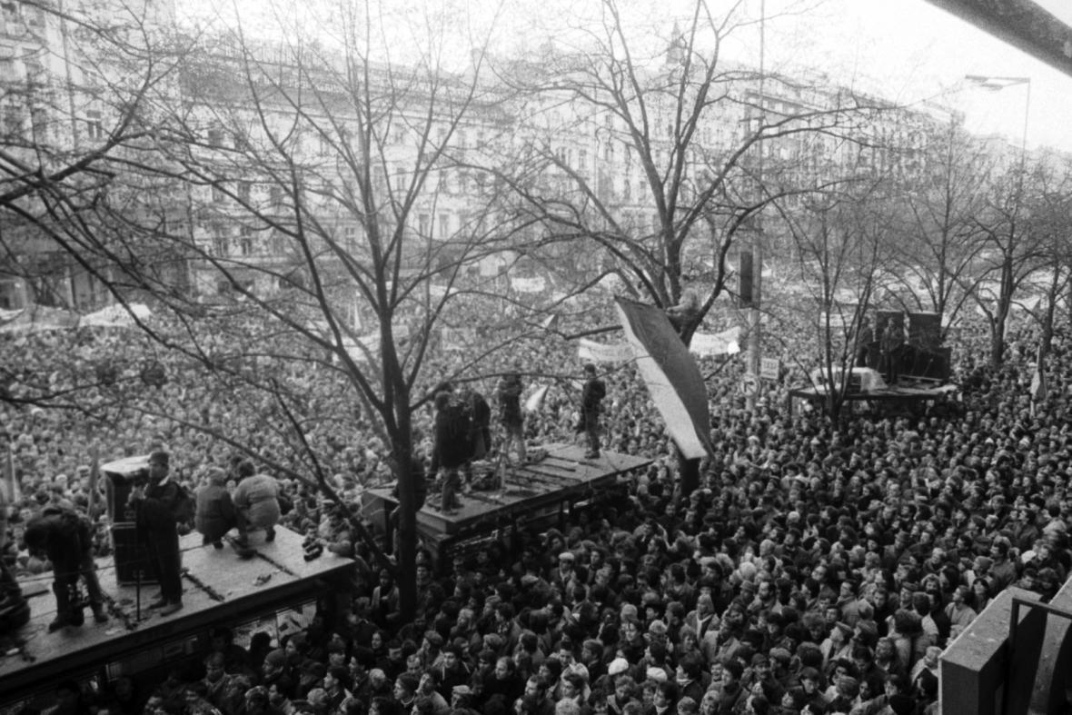 Václavské náměstí, listopad 1989