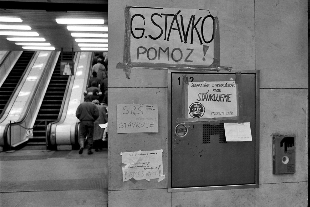 Stávka v pražském metru 1989