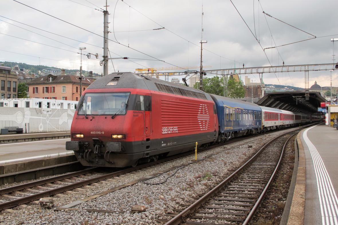 Vlak ve Švýcarsku