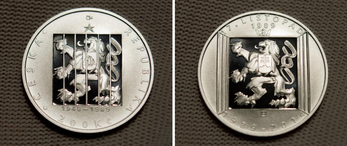 Pamětní mince vydaná u příležitosti 25. výročí 17. listopadu 1989