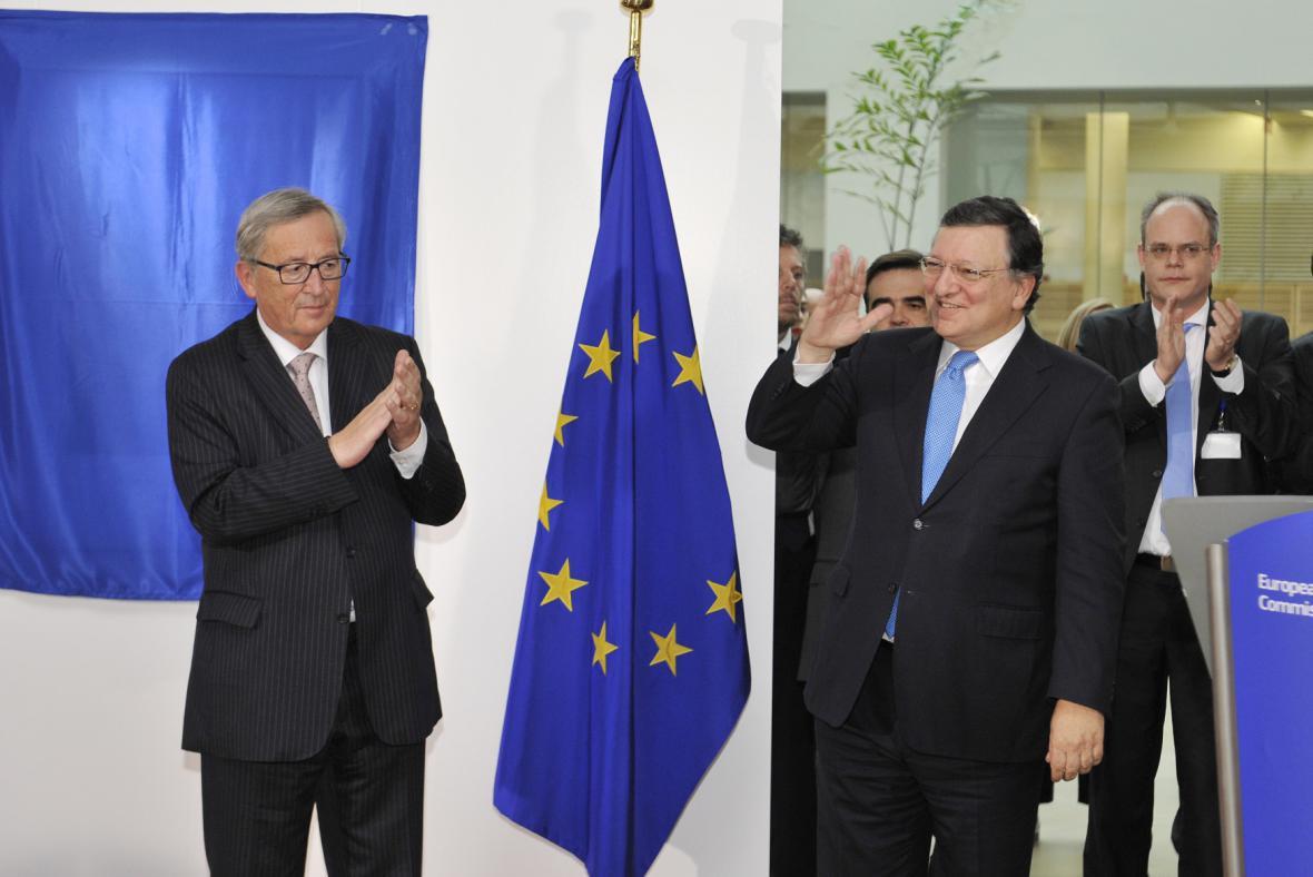 Barroso se loučí, štafetu přebírá Juncker