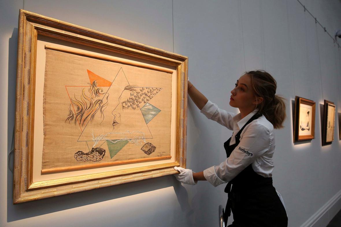 Příprava aukce české avantgardy v Sotheby's
