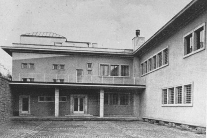 Vila Stiassni na historické fotografii