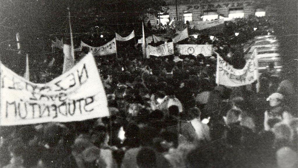 Průvod - 17.11.1989