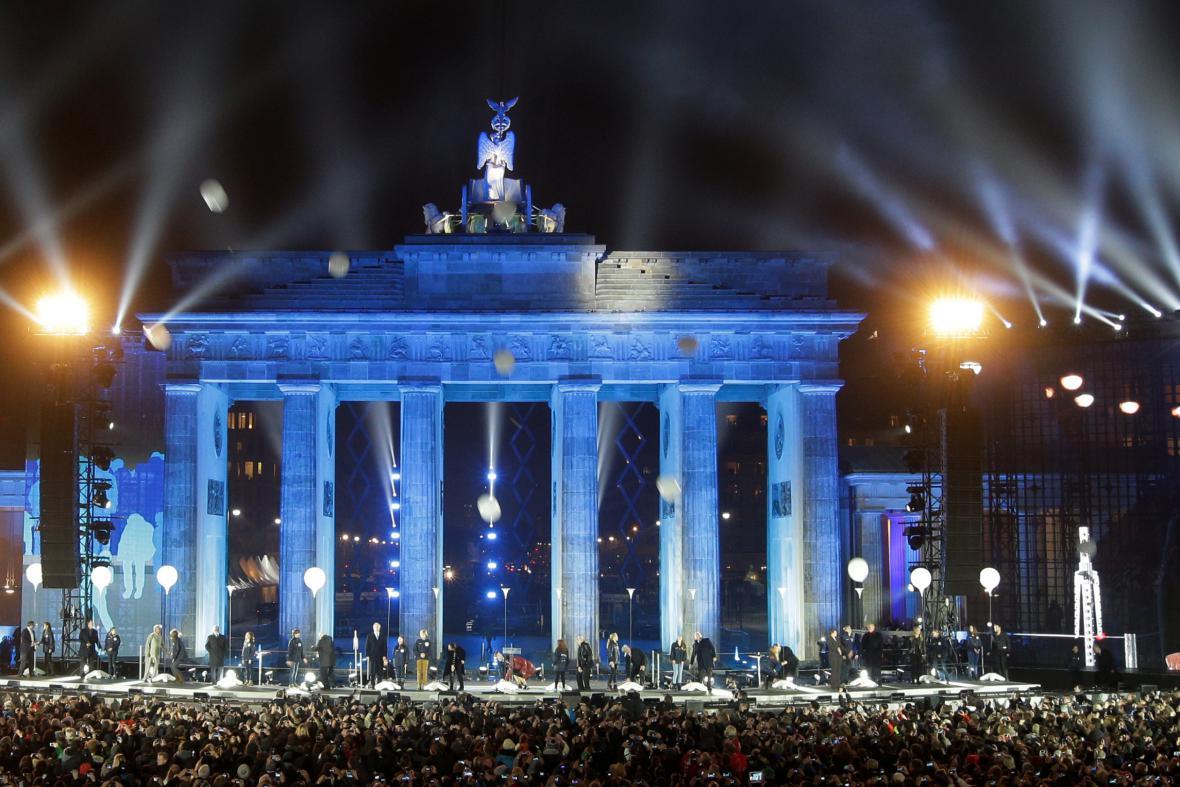 Německé oslavy 25. výročí pádu Berlínské zdi