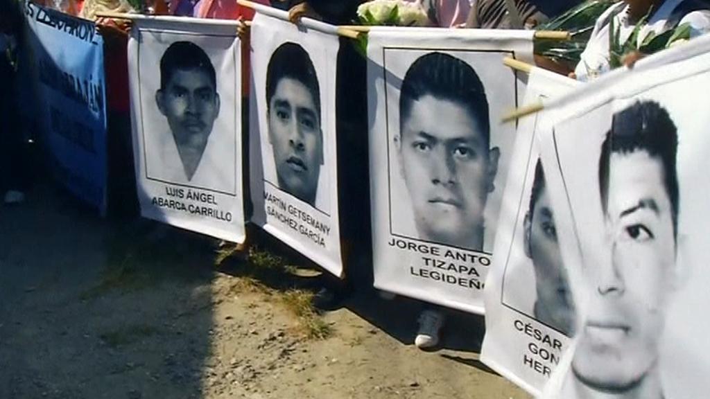 Mexická policie pátrá po zmizelých studentech