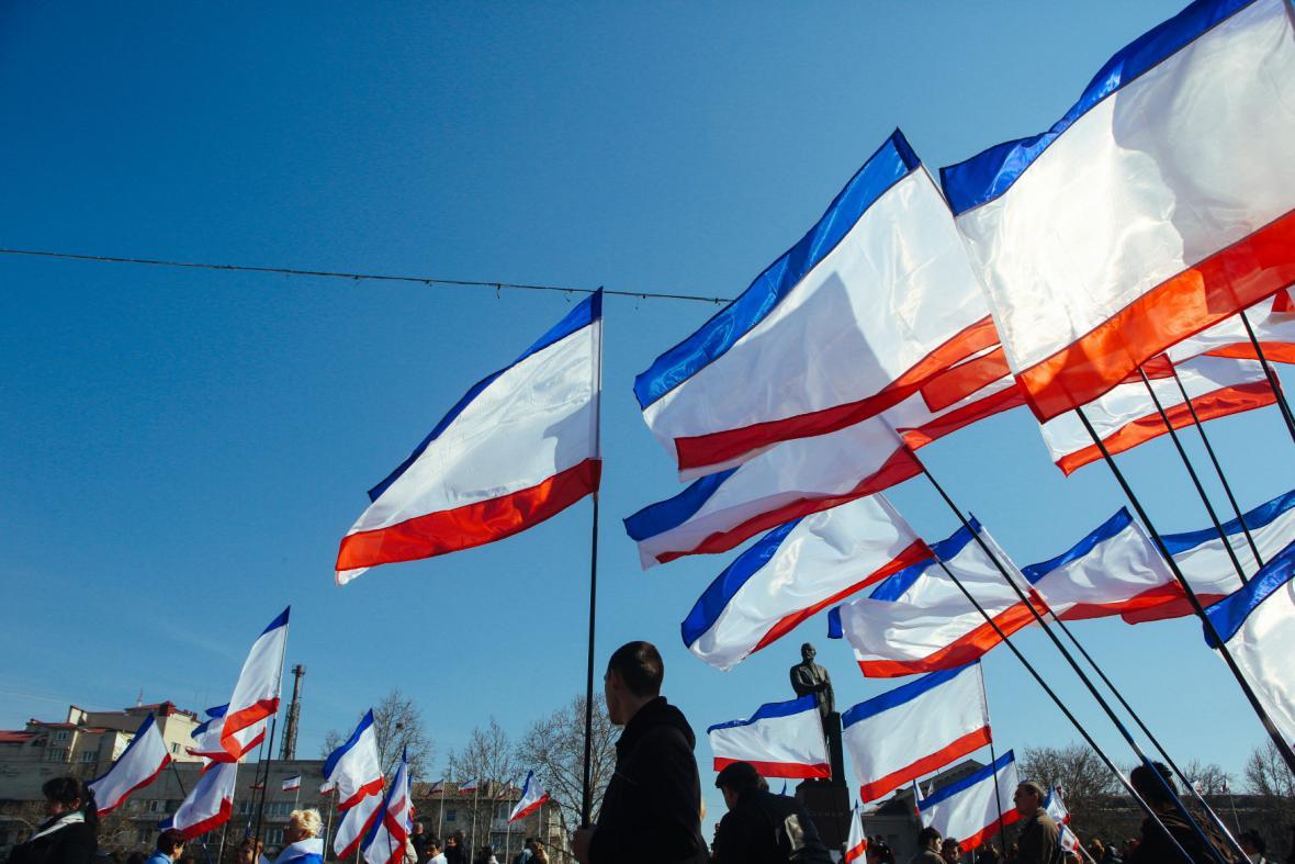 Krymské vlajky v Simferopolu