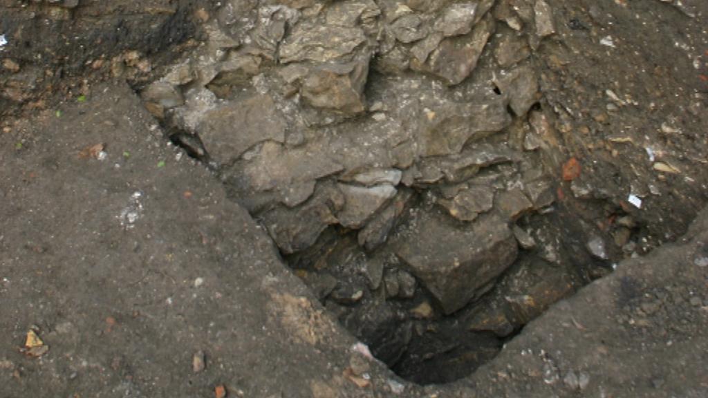 Archeologický nález v Thunovské ulici