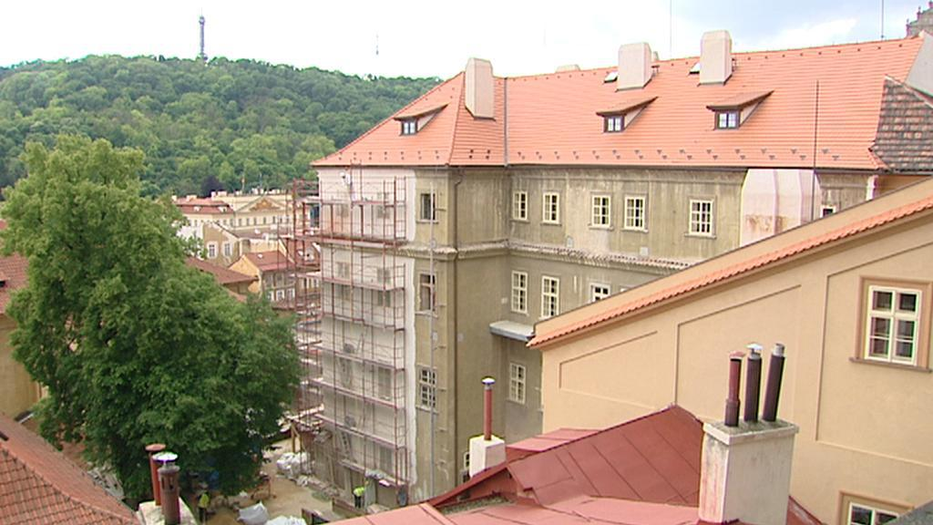 Palác v Thunovské ulici