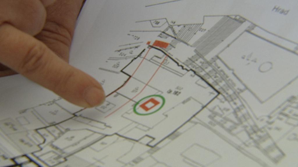 Plán hradeb v Thunovské ulici