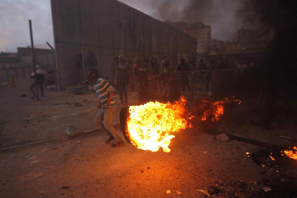 Potyčky v ulicích Jeruzaléma