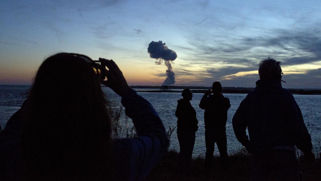 Výbuch rakety Antares