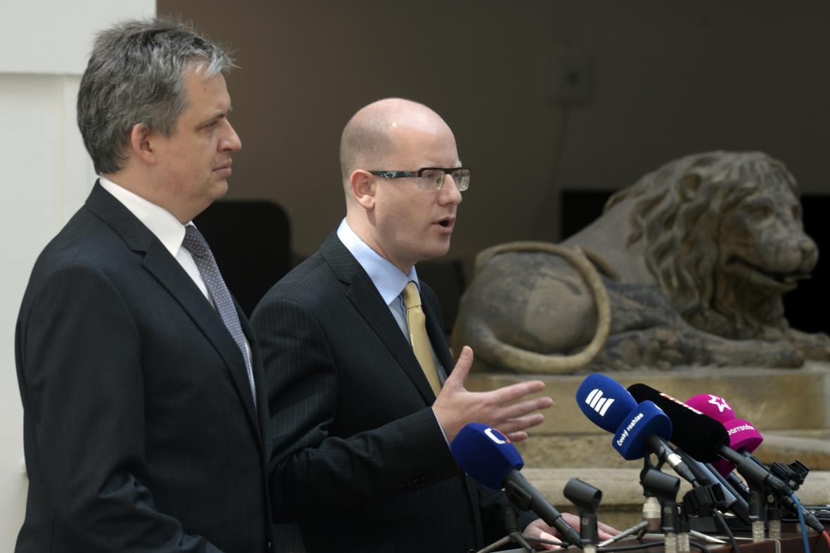 Jiří Dienstbier a Bohuslav Sobotka