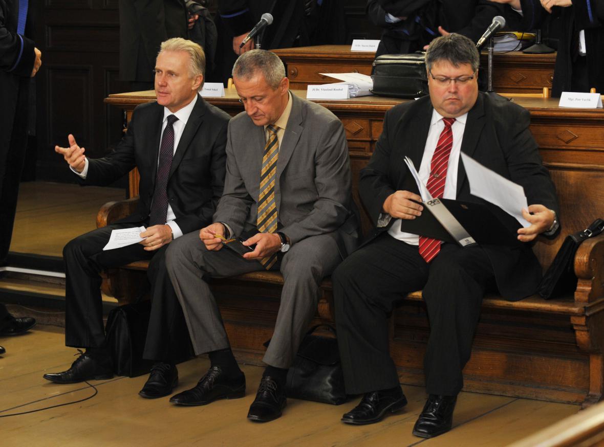 Obžalovaní Jiří Lajtoch, Josef Kulíšek a Václav Zatloukal