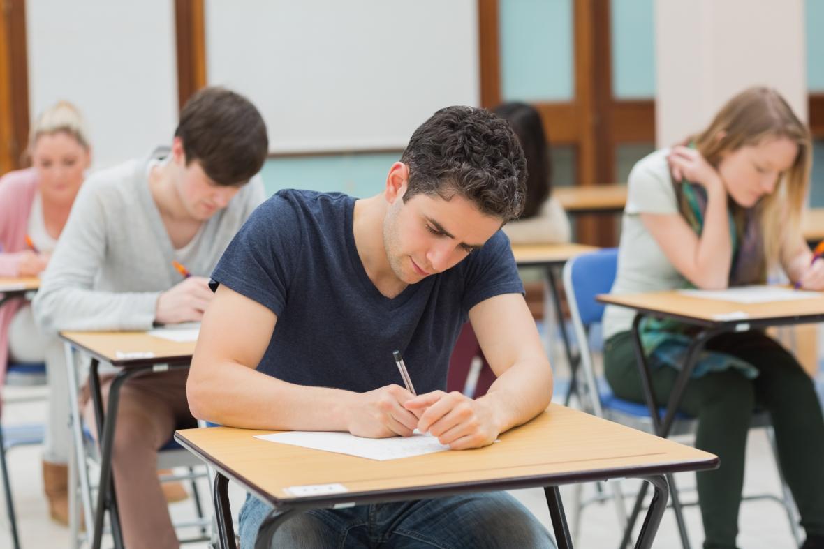 Vysokoškolští studenti