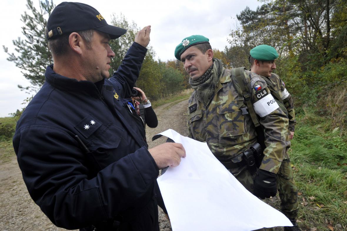 Ostraha vybuchlého muničního skladu ve Vrběticích