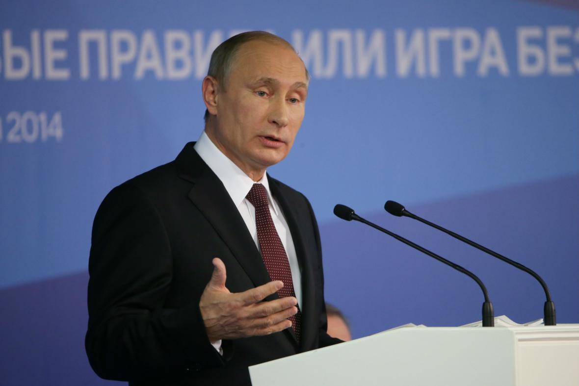 Vladimir Putin při zahájení Valdajského klubu