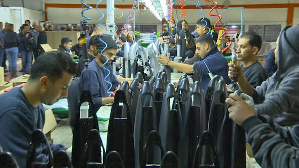 Továrna na sodovkovače SodaStream v Mišor Adumim