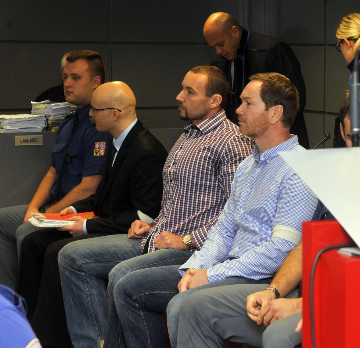 Obžalovaní Pavel Flek, Tomáš Vajner a Tomáš Martínek