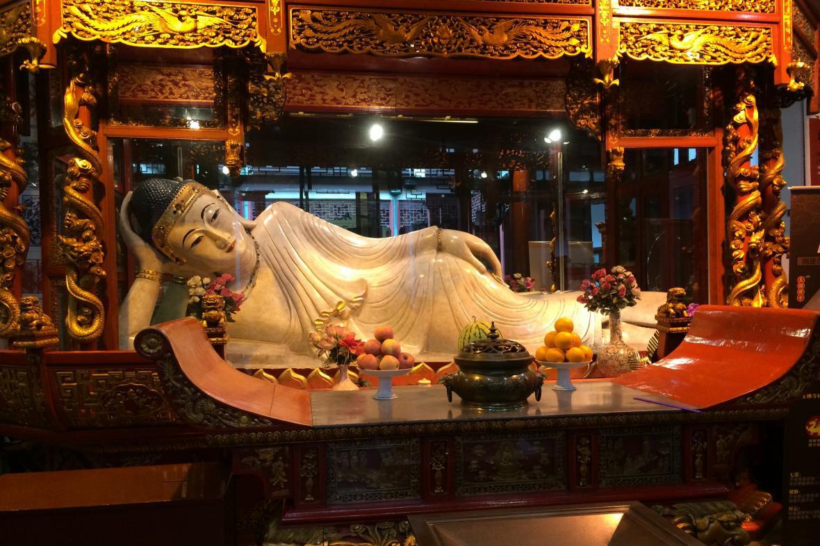 Socha Ležícího Buddhy
