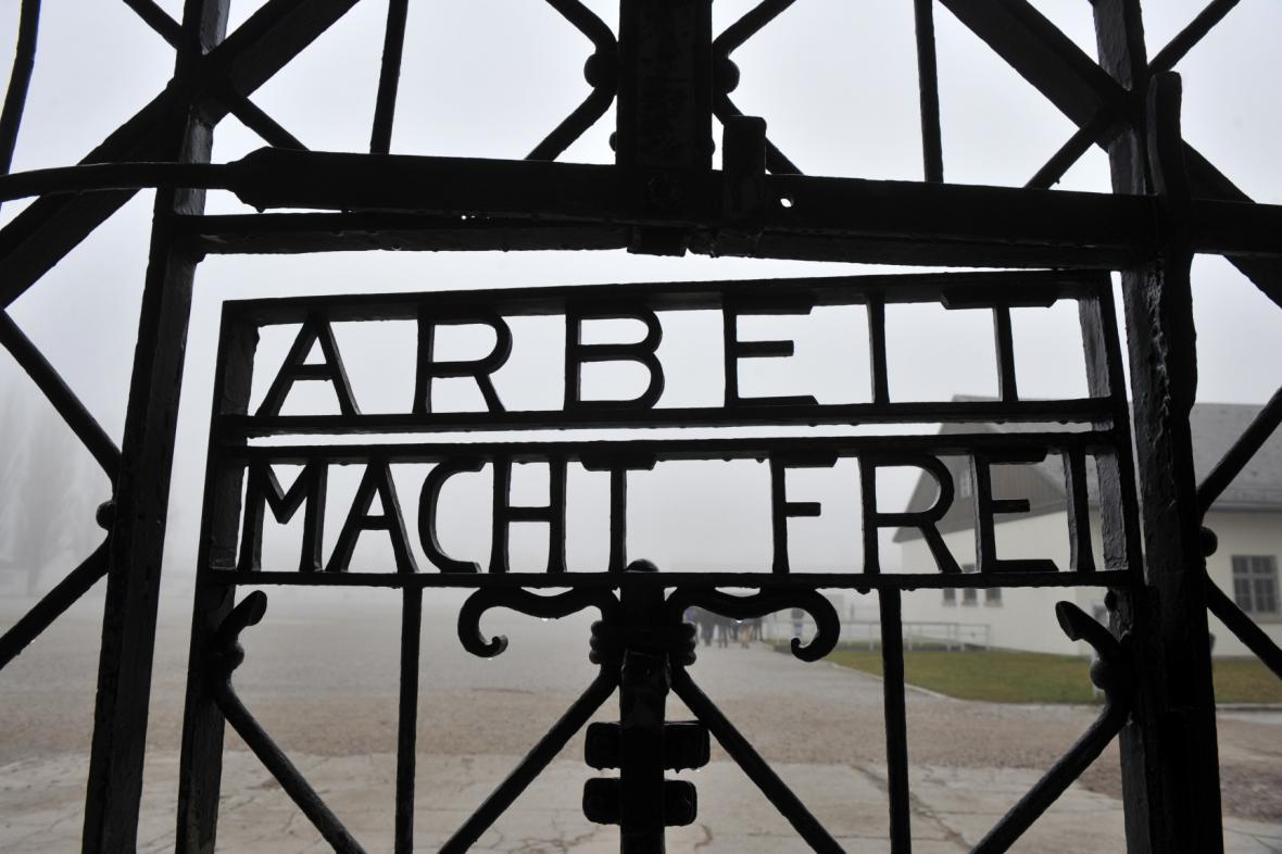 Vstup do koncertračního tábora v Dachau