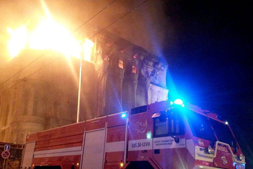 Plameny zachvátily hotel v Mariánských Lázních