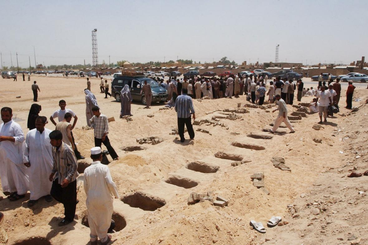 Masové hroby v Iráku