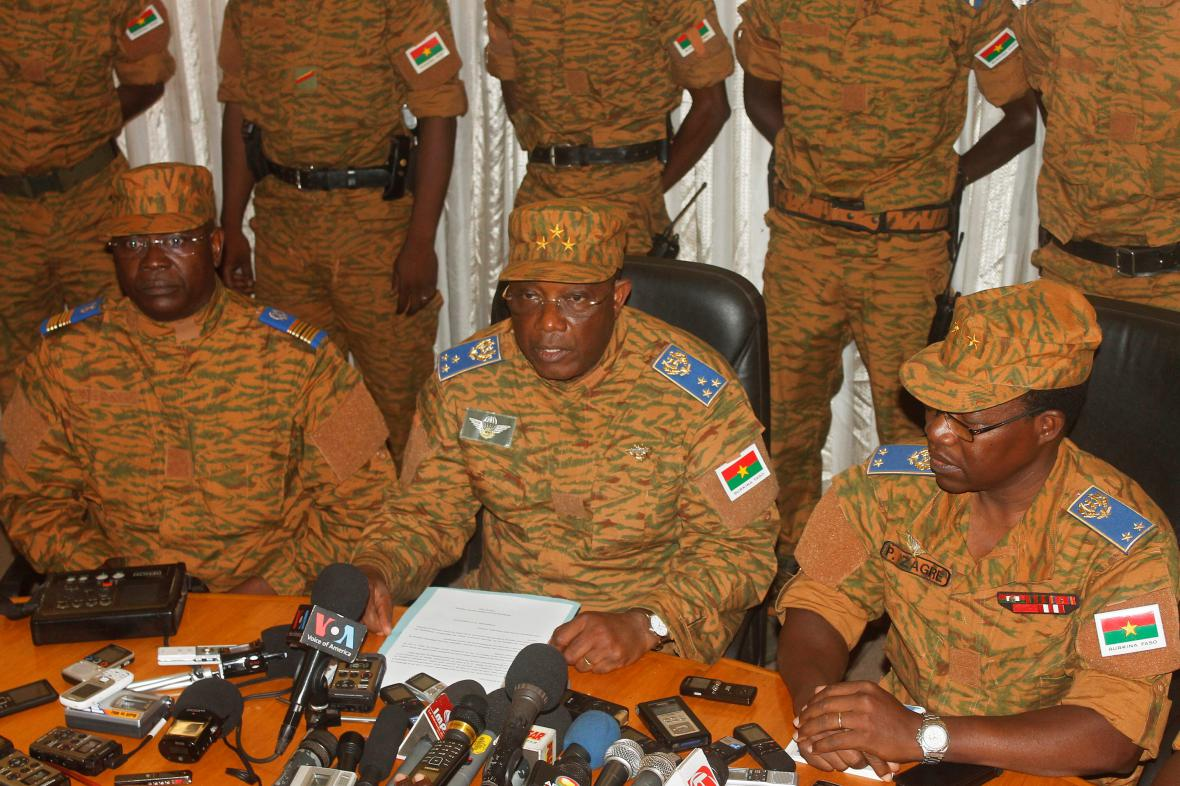 Generál Honoré Traoré usiluje též o převzetí moci