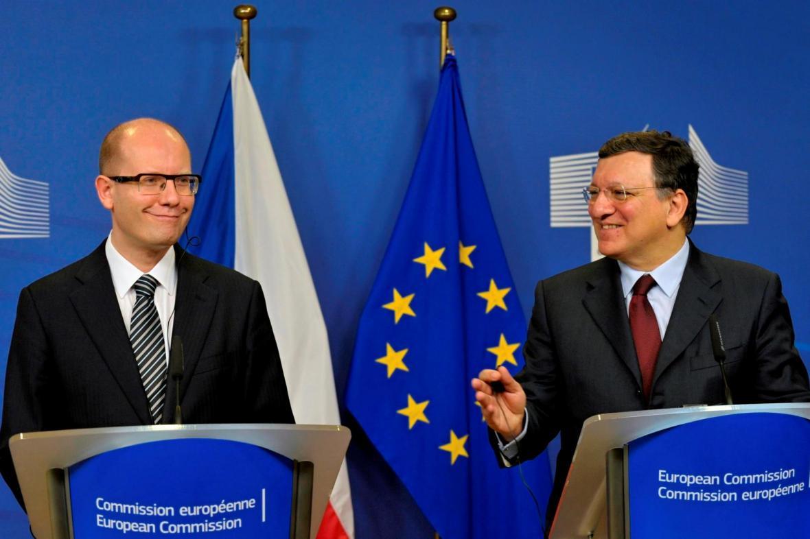 Bohuslav Sobotka a José Barroso