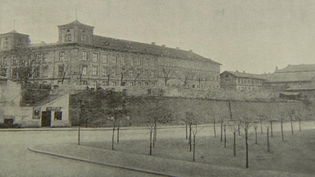 Původní budova na místě dnešního Vršovického zámečku