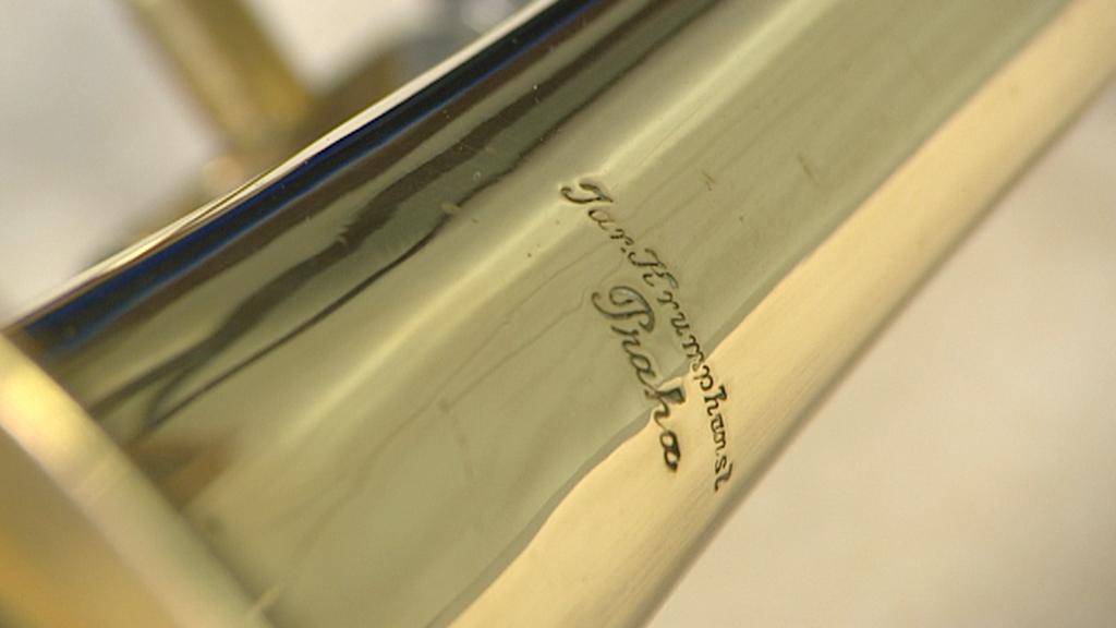 Detail nástroje s označením firmy Krumphansel