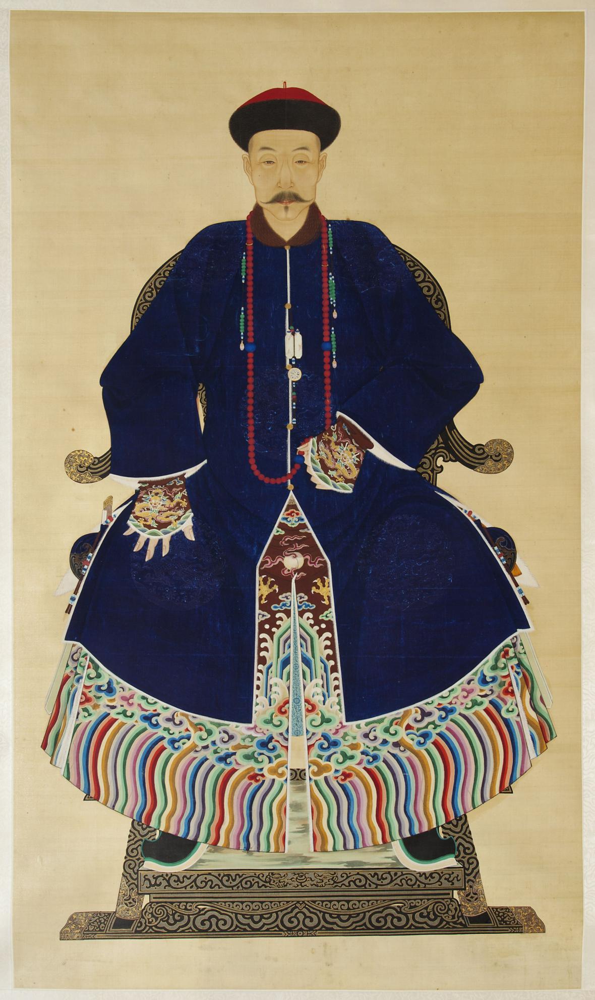 Posmrtný portrét muže v dračím rouchu