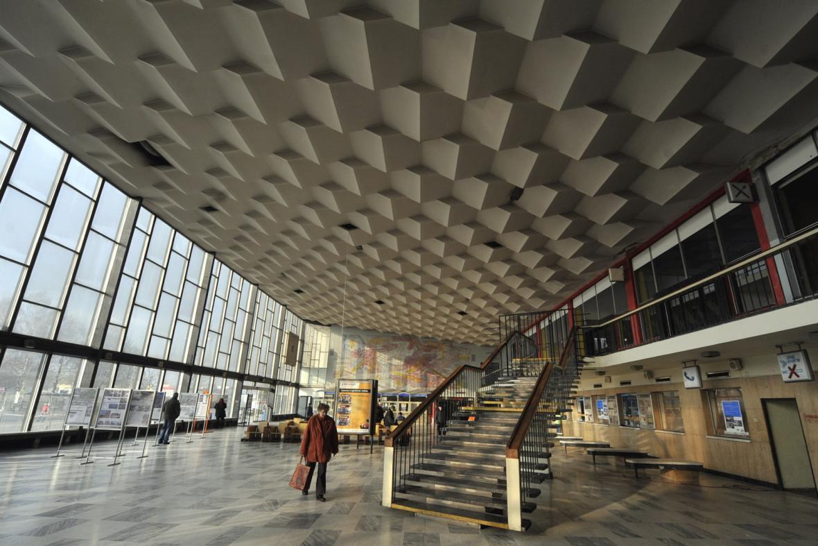 Interiér havířovského nádraží