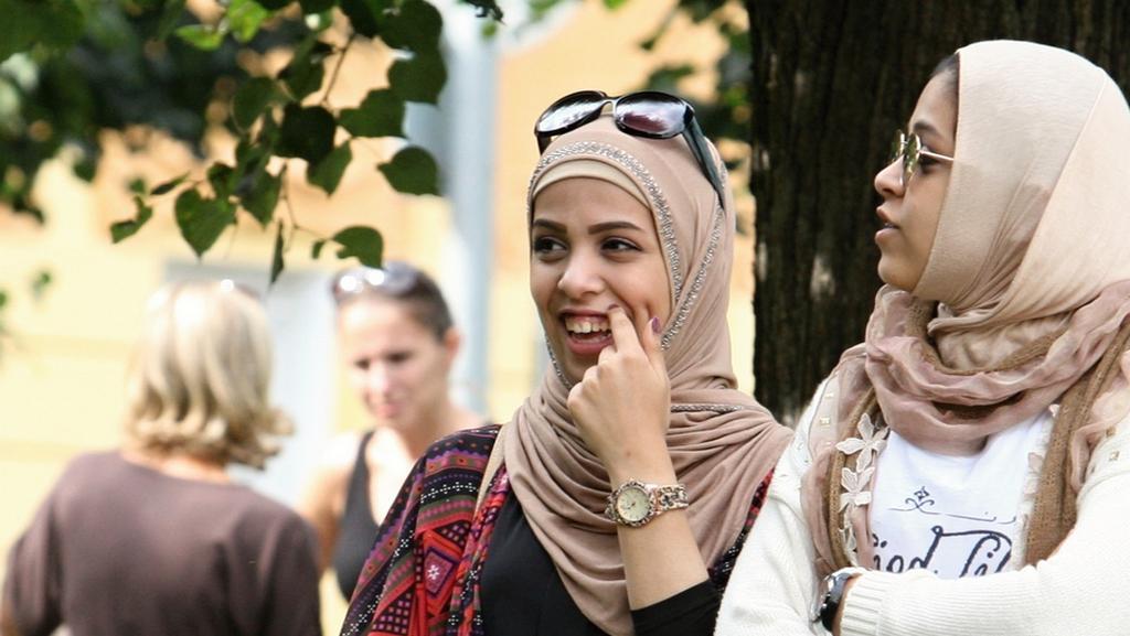 Nošení muslimských šátků