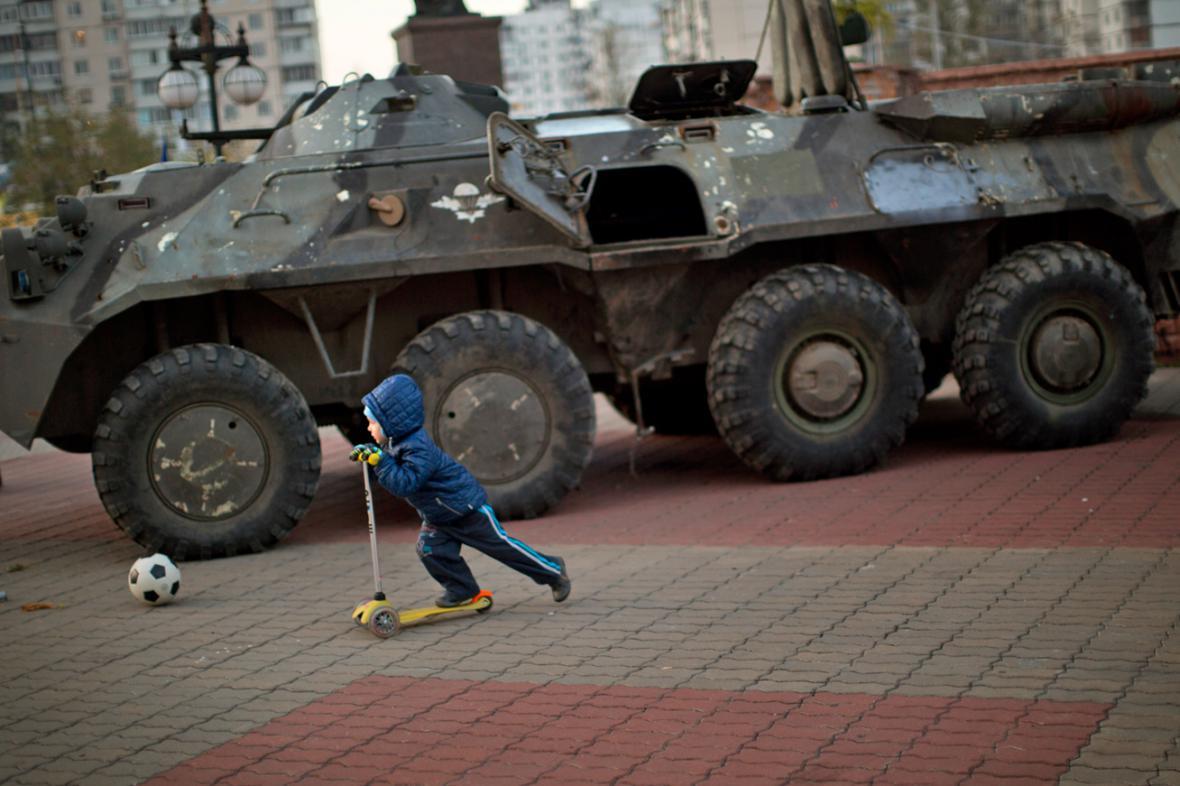 Centrum Kyjeva hlídá armáda