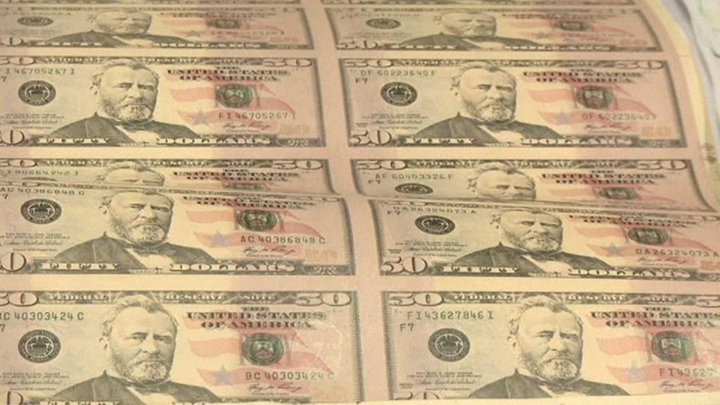 Padělání bankovek