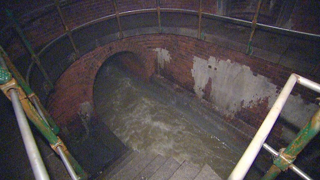 Kanalizace v oblasti Čechova mostu