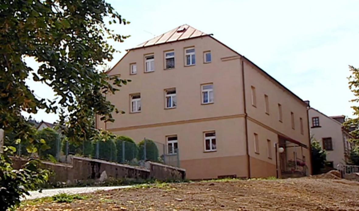 Azylový dům v Jiřetíně pod Jedlovou
